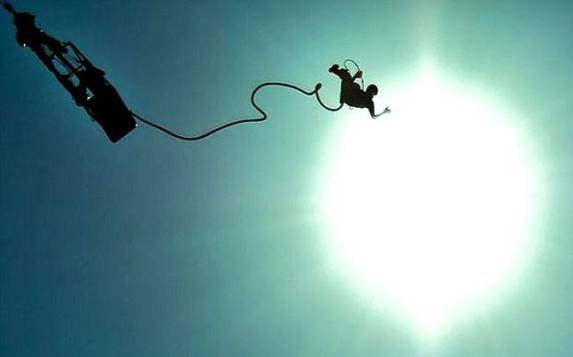brightbungee-jump-triphobo_647_120815054245